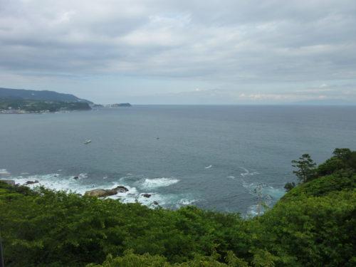 伊豆七島を望む